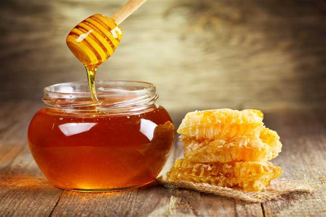 فوائد متعددة لعسل النحل